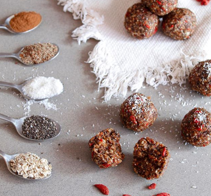 Energy balls with oats