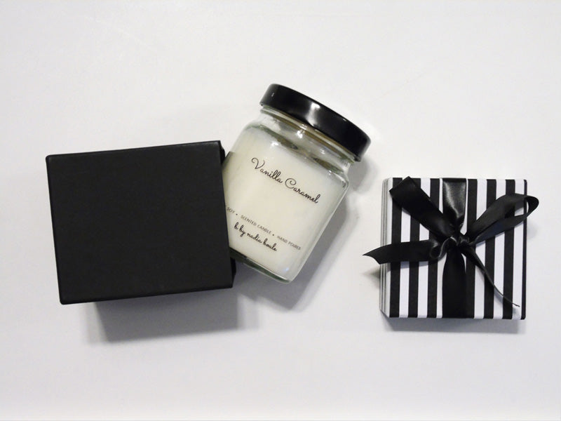 GIFT BOX - PURE SOY PREMIUM CANDLE, VANILLA CARAMEL