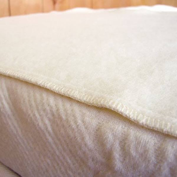 Virgin Wool Moisture Barrier Pad - PureLivingSpace.com