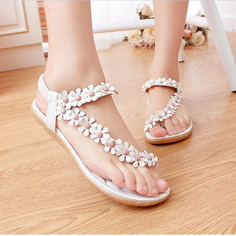 Summer Bohemia  Flower Sandals  /Casual Thong Flat White