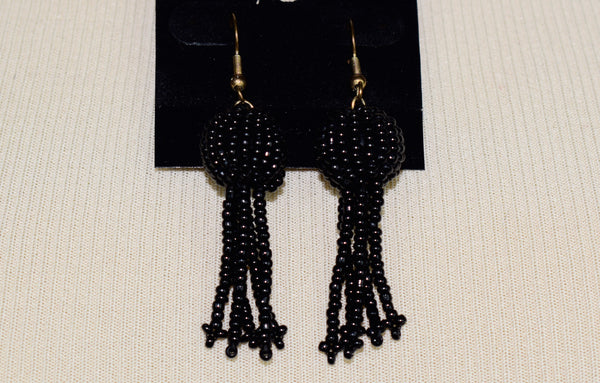 The Tassle necklace and earring set