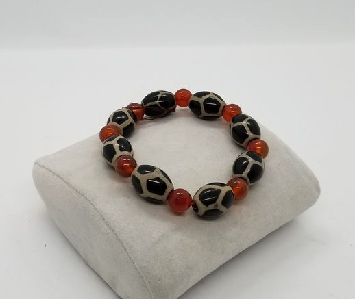 Red and animal print glass bracelet