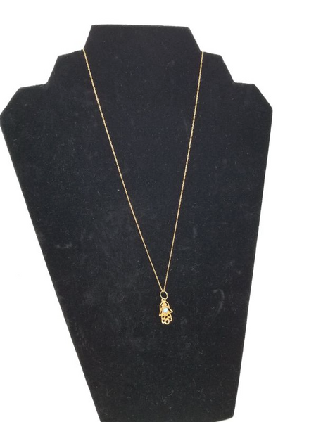 Hamza 18k gold pendant with necklace