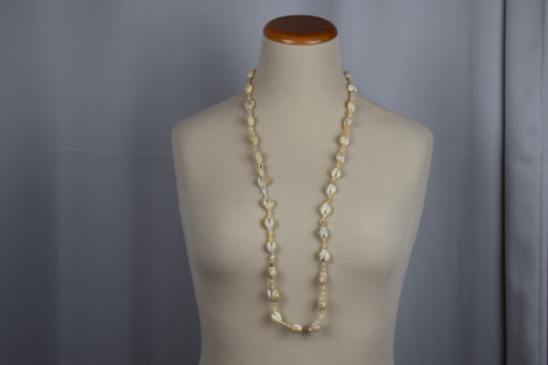 Genuine shell necklace - Sohaila's Boutique of Treasures
