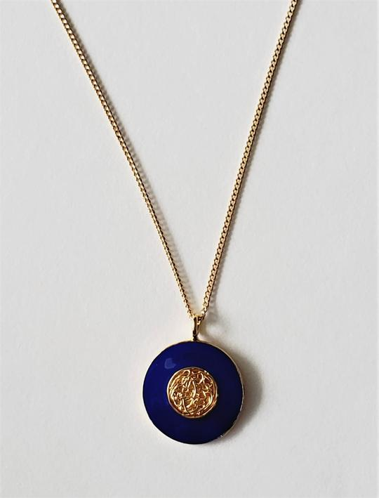 Blue moon pendant chain