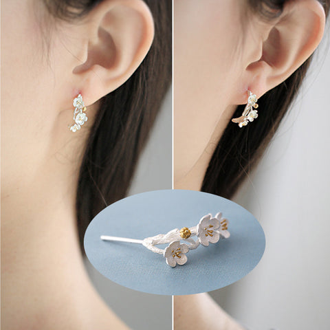 isellumonline.com 925 Sterling Silver Flower Earrings
