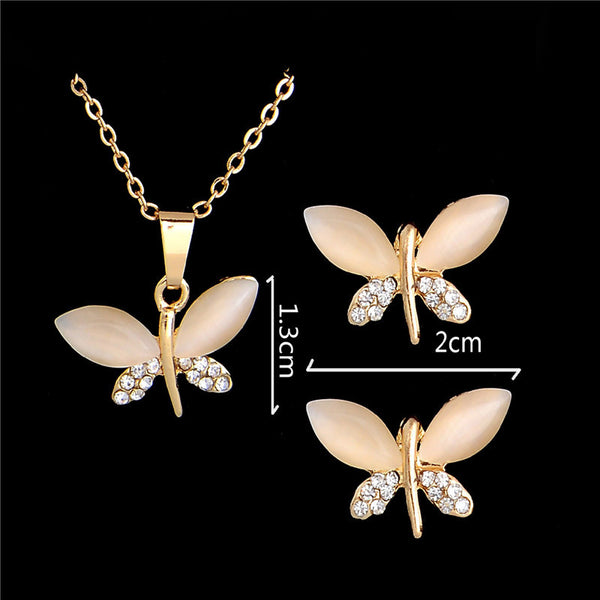 Classic Crystal Dragonfly Necklace/Stud Earrings Set