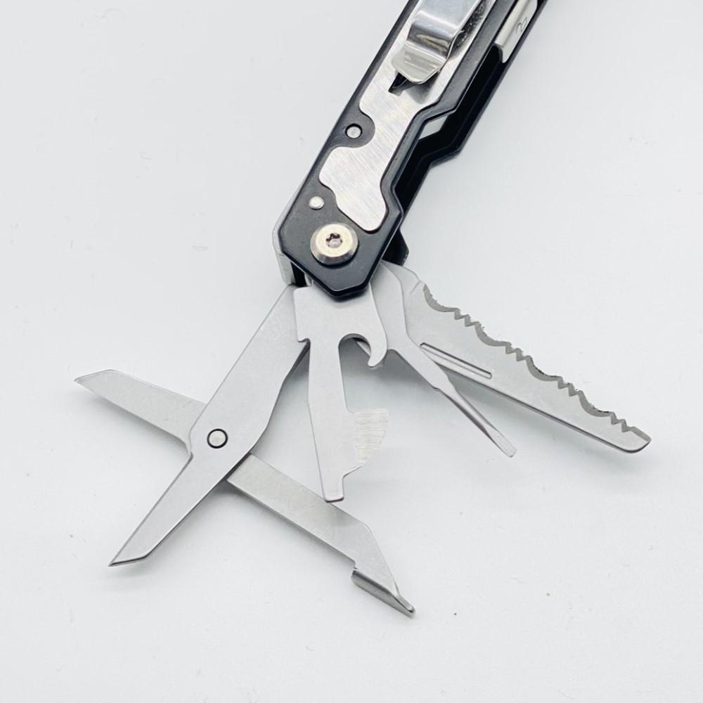 Defiance Tools Larboard Multi-Tool functions