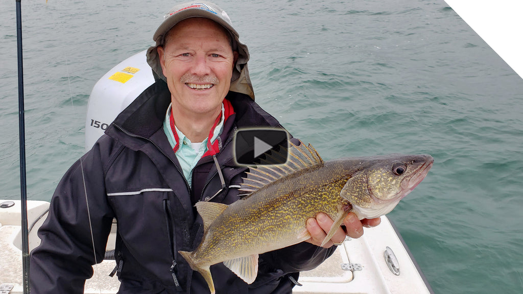Jigging for Walleye - Passive vs Aggressive Jigs