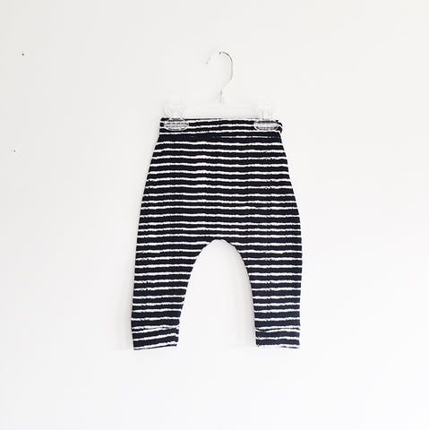 6-12m Black Stripe Leggings