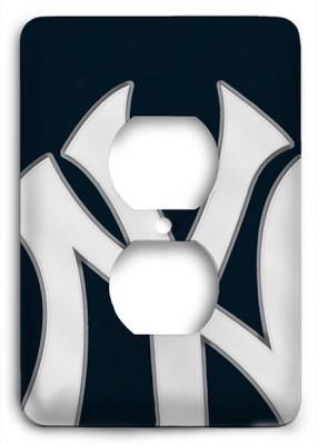 New York Yankees 18 Outlet Cover - Colorful Switches
