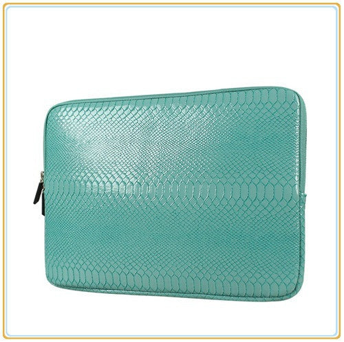 *Stylish Snake Skin Laptop Case