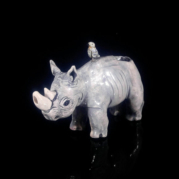 Rhino Pipe with Birdie