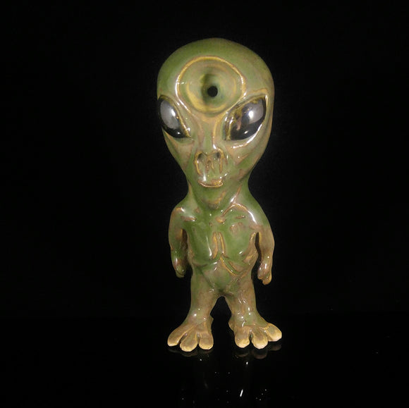 Alien Pipe Clay Martian Green Space Man