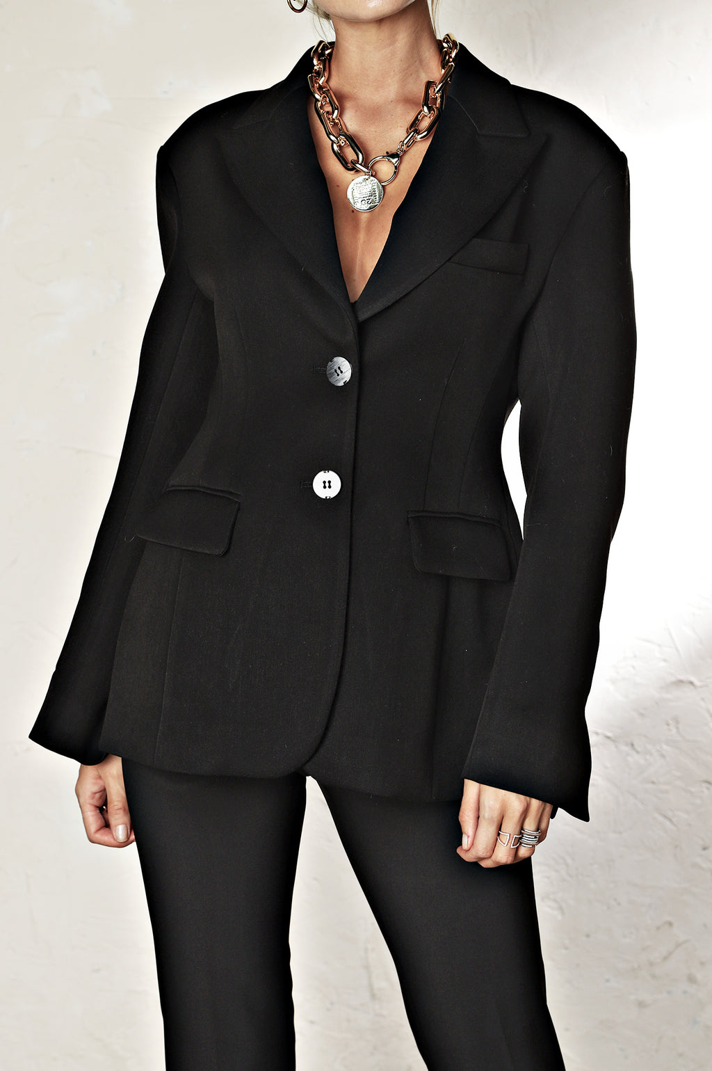 The Timeless Blazer - Black