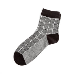 Mid Length Alternate Squared Sock