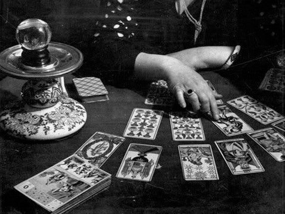 The Tarot and the Zodiac: Which Card Corresponds With Your Sign?