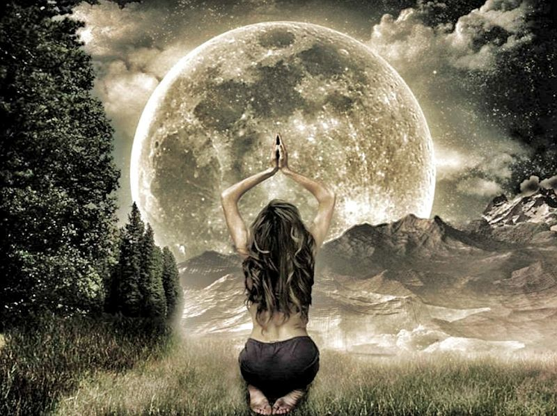 Moon Musings: How The Full Moon in Virgo (March 1st, 2018) Will Affect Your Zodiac Sign