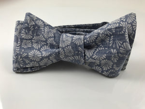 Too Easy Mate - vintage bow tie