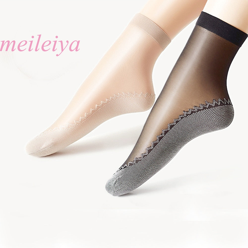 10 Pairs / Lot New Velvet Silk Womens Socks Cotton Bottom Soft Non Slip Sole Massage Wicking Slip-resistant Autumn Sock - Handcrafted Wood, Iron & Copper