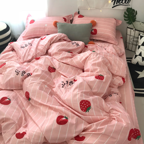 Pastel Strawberry Bedding Sheet Set K13066