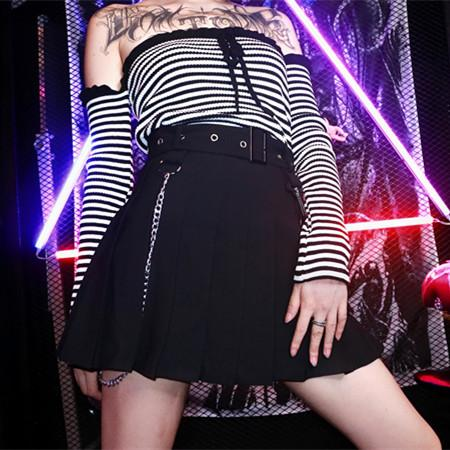 Black Gothic No Fear Pleated Skirt K13672