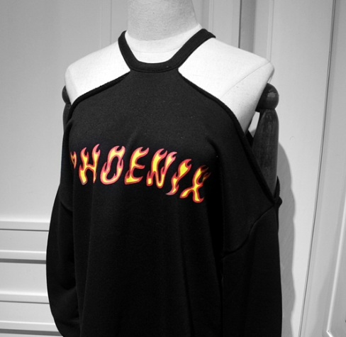 Black Harajuku Dew Shoulder Fleece Pullover
