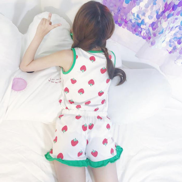 Kawaii Strawberry Condole Belt Pajamas Suits + Eye mask KW1812384 - kawaiimoristore