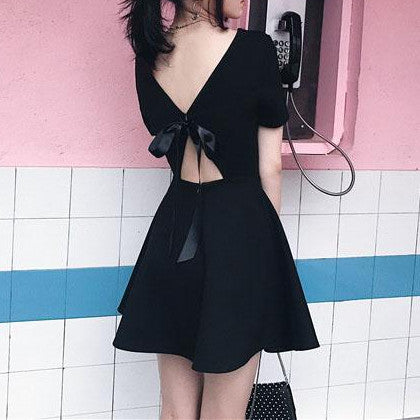 Summer Black Back-less Ribbon Bow Dress