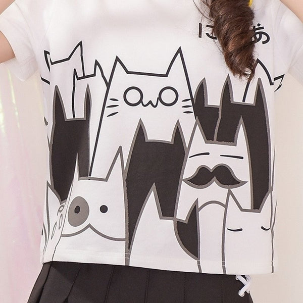 Japanese Sweet Black & White Printed Cats T-shirt KW178977