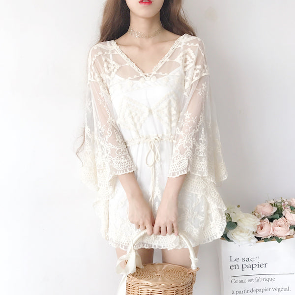 White/Beige Sweet Lace Batwing Sleeve Shirt K13591