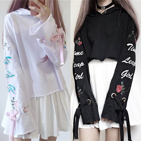 White/Black Harajuku Short Hoodie Jumper K12934