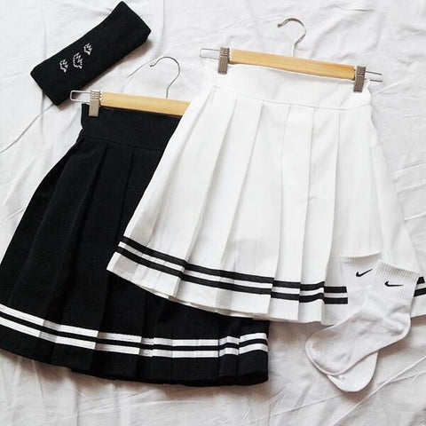 White/Black Students Pleated Skirt