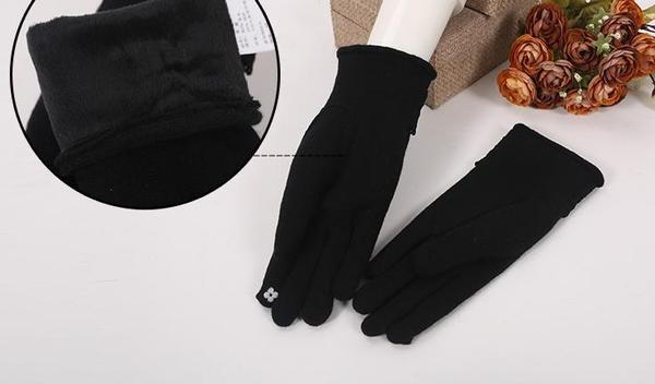 Winter Woolen Gloves With Touch Phone Screen Ability KW154063