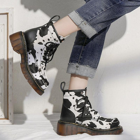 Retro Cute Cow Lace Up Martin Boots KK0883 - kawaiimoristore