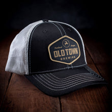 Trucker Hat (Black/White)