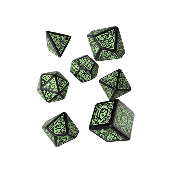Q-workshop Celtic 3D Revised 7 Dice Set - Black & Green - Imaginary Adventures