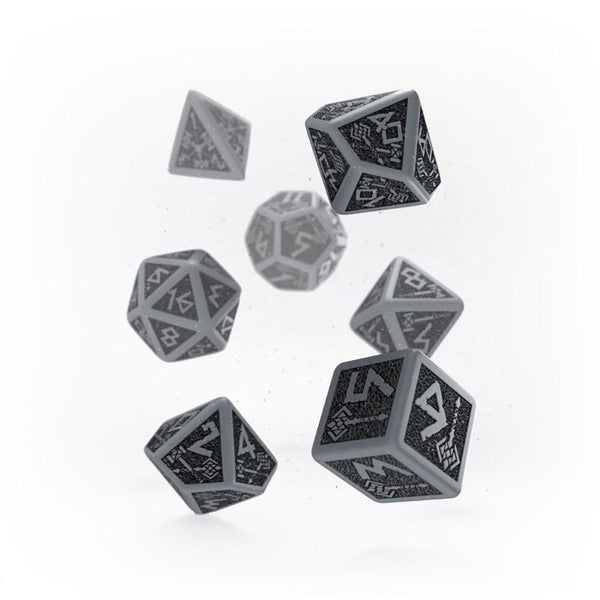 Q-workshop Dwarven 7 Dice Set - Gray & Black - Imaginary Adventures