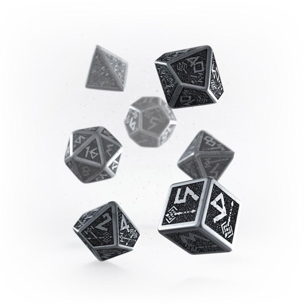 Q-workshop Metal Dwarven 7 Dice Set - Imaginary Adventures