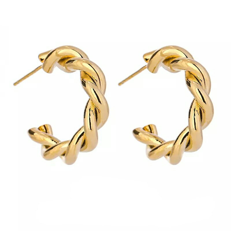GRETA: TWISTED HOOPS