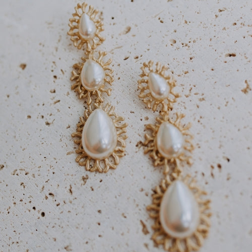 ASCOLI: STATEMENT PEARL DROPS