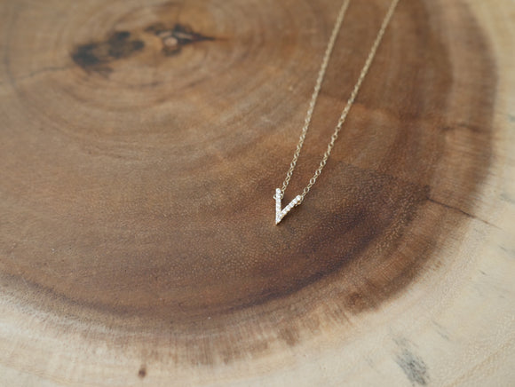 Pave V necklace
