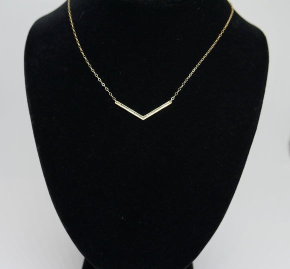 Vee bar necklace