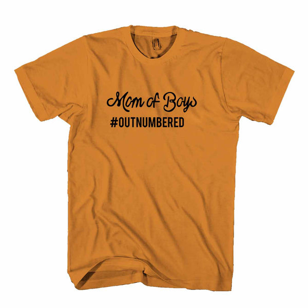 Mom Of Boys Outnumbered Mother Day Mommy Man's T-Shirt