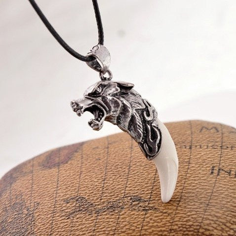 Wolf Fang Necklace - Hot Selling Item