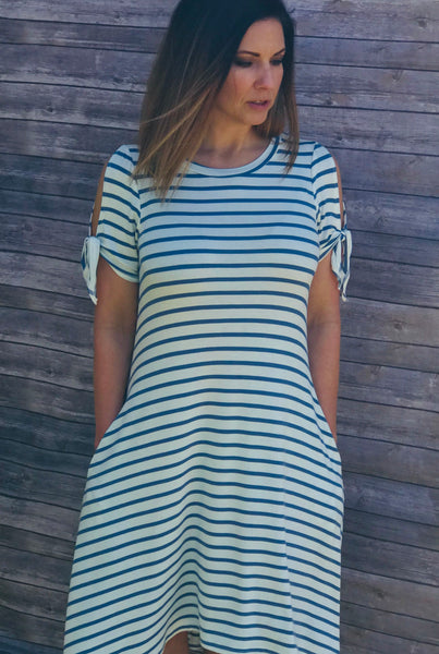 Striped tie Sleeve Dress - Blue