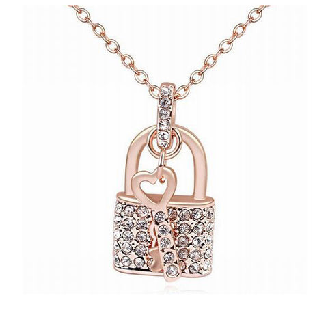 2016 New arrival Lock and key pendant necklace made with CZ crystal for Christmas gift - onlinejewelleryshopaus