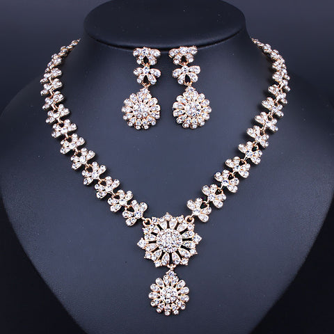 Exquisite High Atmospheric Crystal Necklace Earrings Jewelry  Crystal Made of Alloy Fashion Bridal Jewelry Sets - onlinejewelleryshopaus