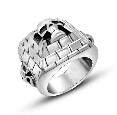 New Arrival Silver Cool Grid Alien Skull Ring Fashion 316L Stainless Steel Egyptian Pyramids 3D Men Ring Jewelry Factory Price - onlinejewelleryshopaus