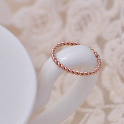 Fashion Elegant beautiful shining high quality Special design Stainless steel Golden Women Ring Best friend gift - onlinejewelleryshopaus